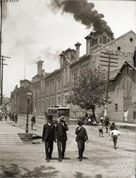 Schlitz Brewing Company, Milwaukee, 1888. WHI 7023