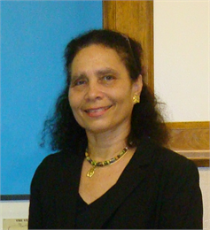 Photograph of author Daphne E. Barbee-Wooten