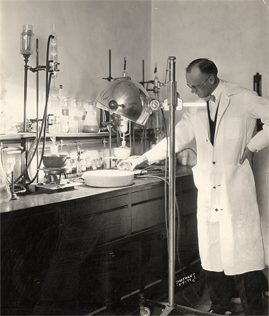 Steenbock in the laboratory.