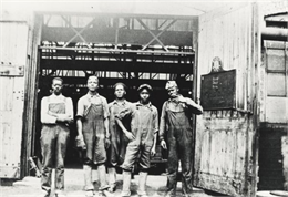Five foundry workers at Fairbanks, Morse & Co.