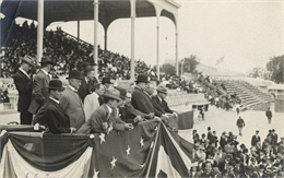 President William Howard Taft at the Wisconsin State Fair (front row, in the dark bowler hat) in 1909. Senator Robert M. La Follette, Sr., (in the back row without a hat), is among the men in the President's box.