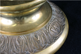 Spittoon detail