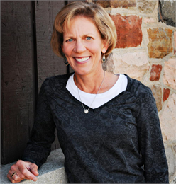 Photograph of Press author Melanie McManus