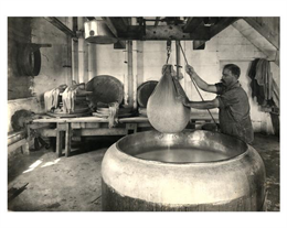 Dipping the Curd, 1914, Brodhead, Wis. WHI 1934.